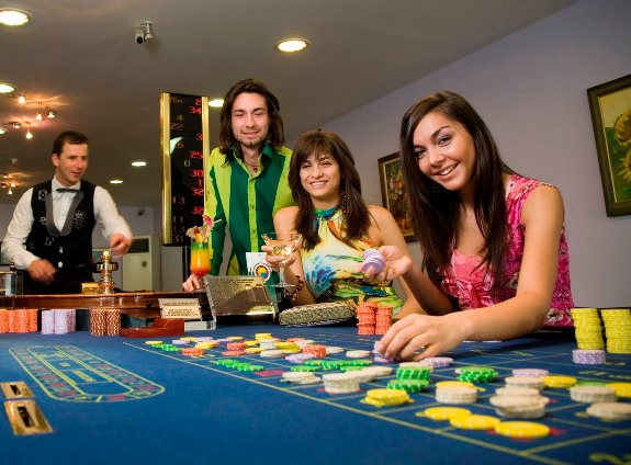 Istanbul casino poker at maybury casino