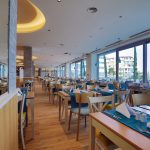 ast_18_012-main-restaurant