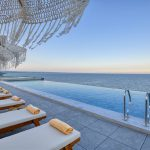 m_infinity-pool_exclusive-service_concept-rooms
